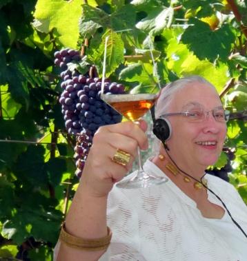 Elizabeth Cheese 2011 ok copy