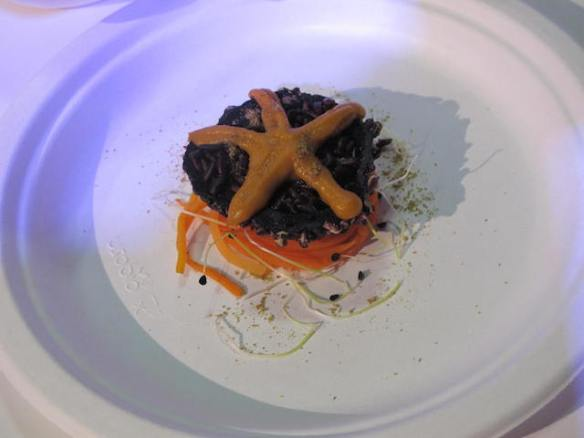 Restaurant 'Tano passami l'olio' featured a sea urchin wanna be.., why not the real one?