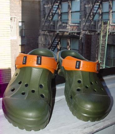 crocs ny